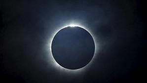 Imagen del eclipse total de Sol