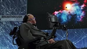 Stephen Hawking, el físico empeñado en el apocalipsis