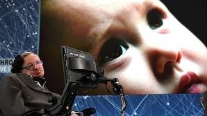 Stephen Hawking anuncia un plan para enviar una sonda a Alfa Centauri