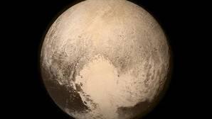 Plutón puede tener un océano bajo su superficie