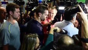 Las contradicciones de Ryan Lochte y sus compañeros sobre su atraco a punta de pistola en Río de Janeiro