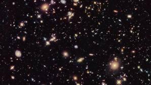 ¿Se expande realmente el Universo a un ritmo acelerado?