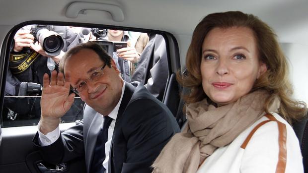 Hollande y Trierweiler, en 2012