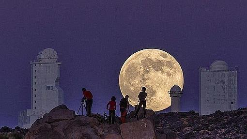Hermosa Luna en Tenerife
