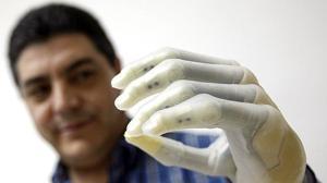 Logran generar la sensación de tacto con un implante cerebral y luces infrarrojas