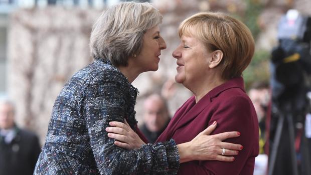 Theresa May y Merkel, hoy en Berlín