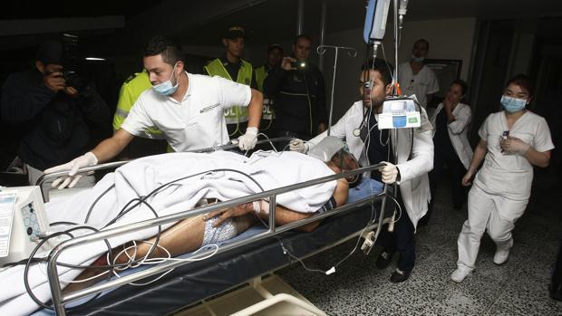 Alan Ruschel, a su llegada a la clínica tras el accidente de avión