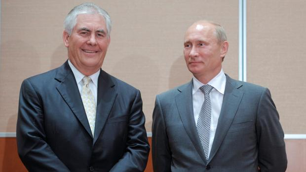 Rex Tillerson, junto a Putin en 2011