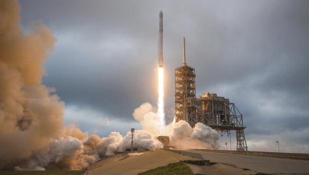 Cohete Falcon 9, de la empresa privada Space X