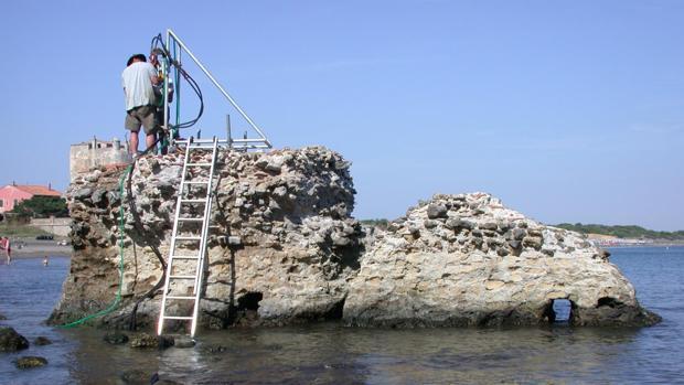 Unos investigadores analizaron la composición de los materiales usados en puertos del Mediterráneo