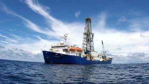 El Joides Resolution, el barco perforador que busca Zelancia