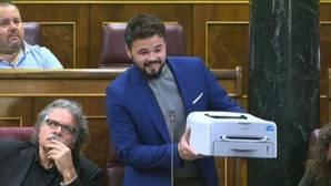Rajoy advierte a Ciudadanos de que la prioridad es defender la Constitución y no su reforma