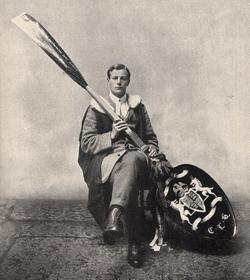 "Fotografía del ""cuchara de madera"" de 1910"