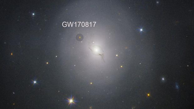 NGC4993, la galaxia que alberga ele vento de onda gravitacional GW170817 que se ha utilizado para medir al edad del Universo