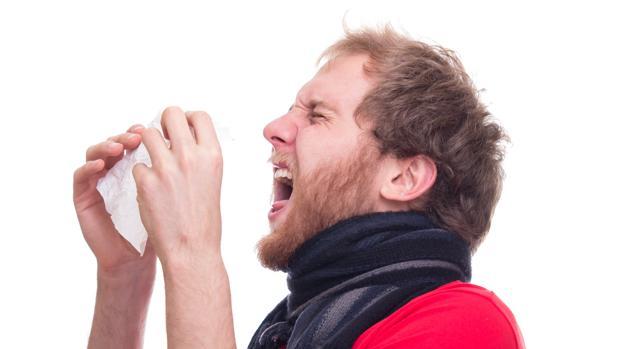 Un estornudo es capaz de rociar con saliva una superficie de hasta ocho metros cuadrados