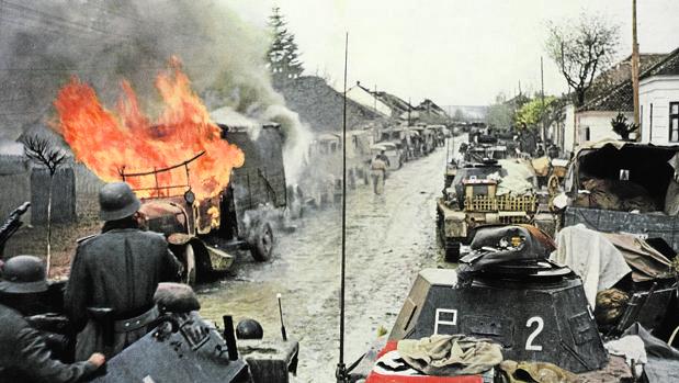 Tropas alemanas participan en la conquista de Yugoslavia, en 1941