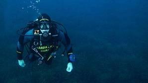 La Guardia Civil protege el patrimonio subacuático por tierra, mar y aire