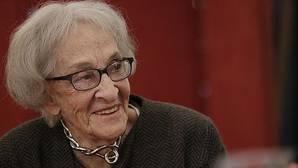 Ida Vitale, premio Reina Sofía de Poesía: «Uno empieza tropezando»