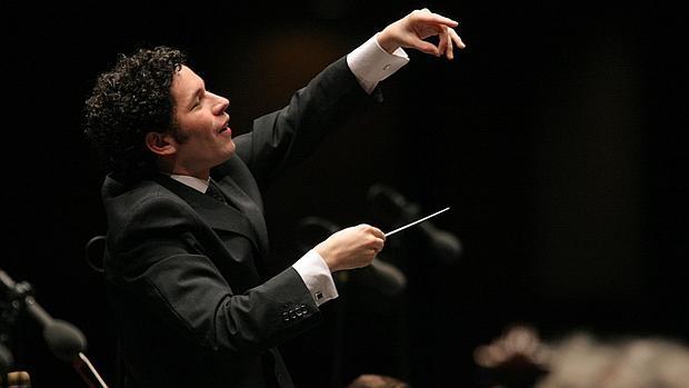 Gustavo Dudamel dirigirá el concierto de Año Nuevo en Viena en 2017