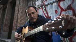 Ismael Serrano: «El cantautor no está valorado, ni en lo musical ni en lo poético»
