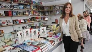«La chica del tren» y las novelas de María Dueñas y Pérez-Reverte, lo más vendido en España en 2015