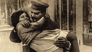 Svetlana Allilúyeva, la mujer que se negó a ser «la hija de Stalin»