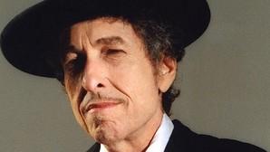 Las metamorfosis de Bob Dylan, nuevo Premio Nobel de Literatura