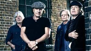El bajista de AC/DC anuncia su retirada