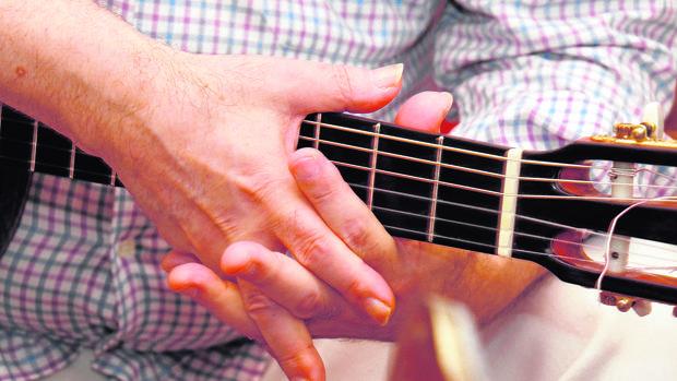 Las manos del guitarrista Manolo Sanlúcar