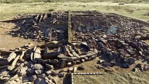 Arqueólogos kazajos hallan un mausoleo de la Edad de Bronce