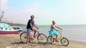 «La Bicicleta»: La canción preferida para despedir el verano del 2016