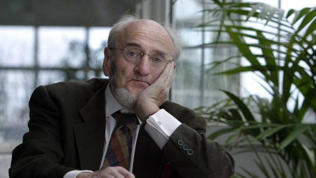 Álvaro Pombo, autor de «La casa del reloj»