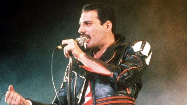 Freddie Mercury en un concierto