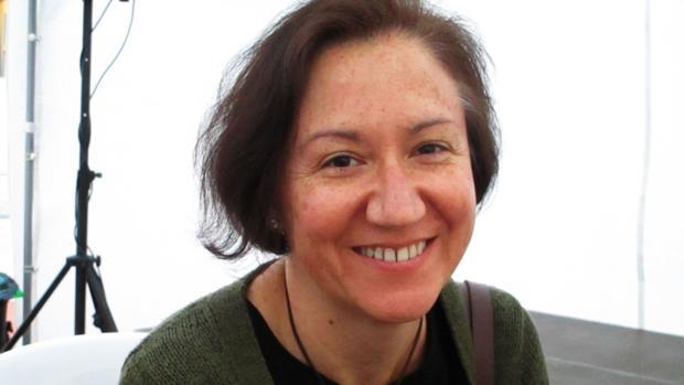 La autora malagueña Isabel Bono, premio Café Gijón 2016