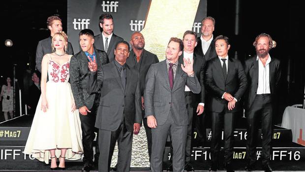 El reparto de «Los siete magníficos» en el Festival de Cine de Toronto