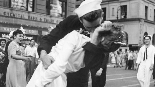 Alfred Eisenstaedt firmó una de las fotos más icónicas del siglo XX
