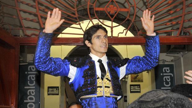 Sebastián Castella, por la puerta grande