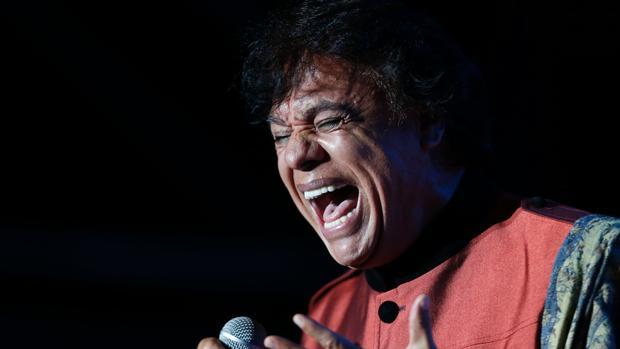 El recientemente fallecido cantante mexicano, Juan Gabriel, en una foto de archivo