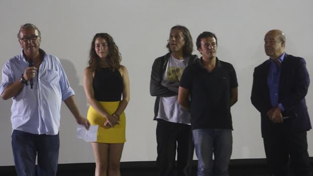Antonio Resines respalda el estreno en Cádiz de 'La hora de los locos', de Manuel Iborra