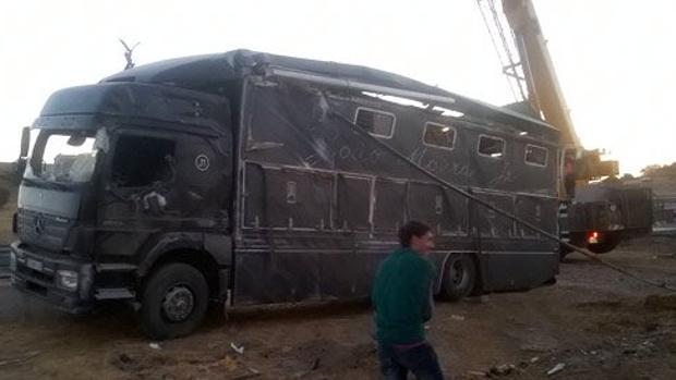 Así quedó el camión del rejoneador portugués tras el aparatoso accidente