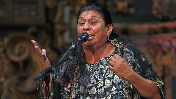Dolores Agujetas en la Bienal 2016