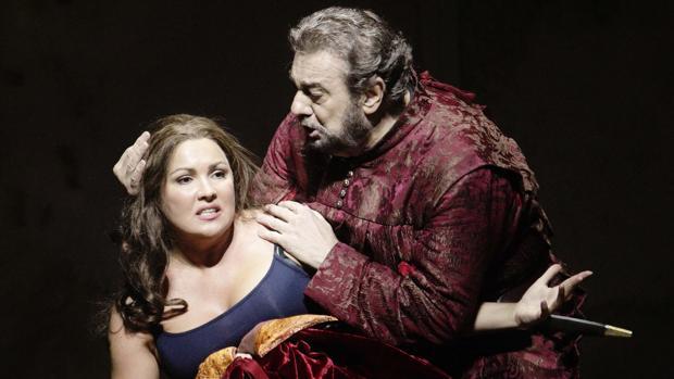 Anna Netrebko y Plácido Domingo, en «Il trovatore», de Verdi