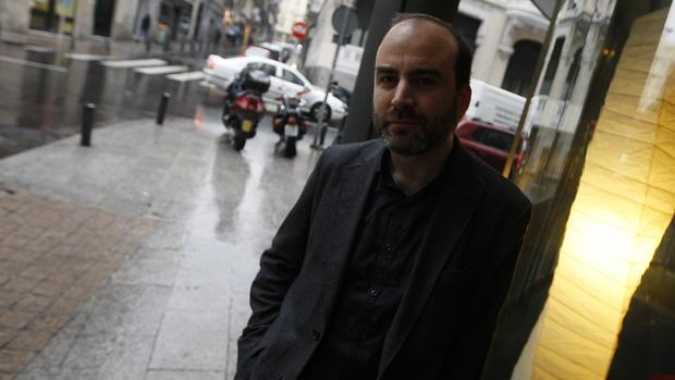 El escritor Ernesto Pérez Zúñiga