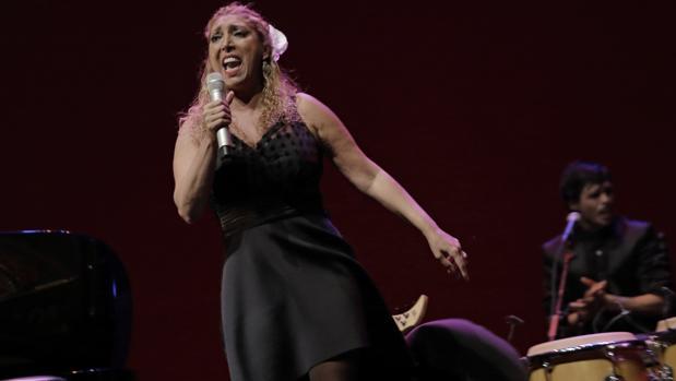 Esperanza Fernández durante el espectáculo «Oh, vida»