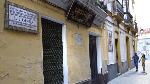 La casa natal de Luis Cernuda, en la sevillana calle Acetres