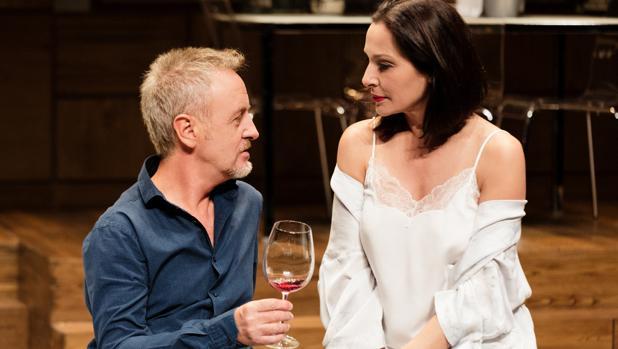 Carlos Hipólito y Natalia Millán, en una escena de «La mentira»