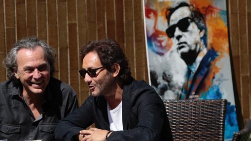 José Coronado y Carlos Santos durante la entrevista con ABC