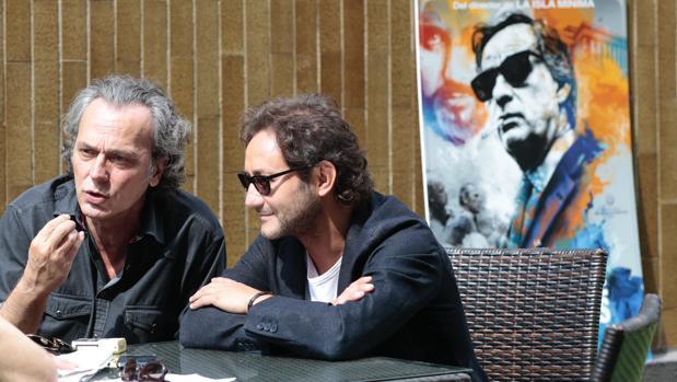 José Coronado y Carlos Santos, protagonistas de «El hombre de las mil caras», de Alberto Rodríguez