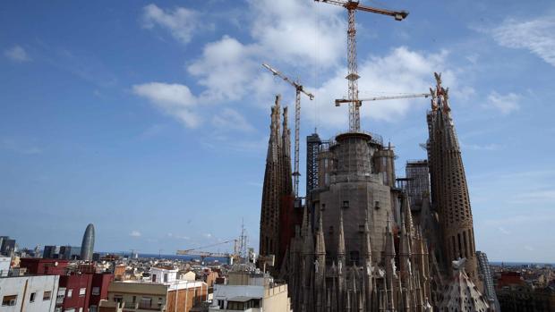 La Sagrada Familia inicia la edificación de sus torres más altas