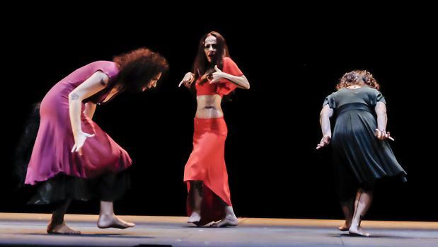 Isabel Bayón en el escenario del Maestranza